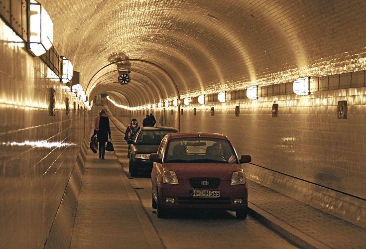 33_48038_elbtunnel-tunnelroehre.jpg