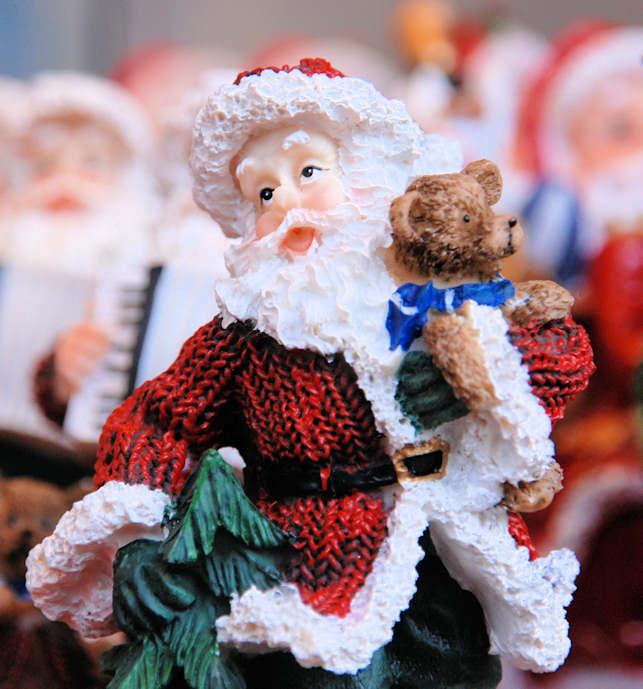 Weihnachtsdeko Im Angebot.5860 4489 Angebot Weihnachtsmarkt Weihnachtsfigur Aus Plastik An