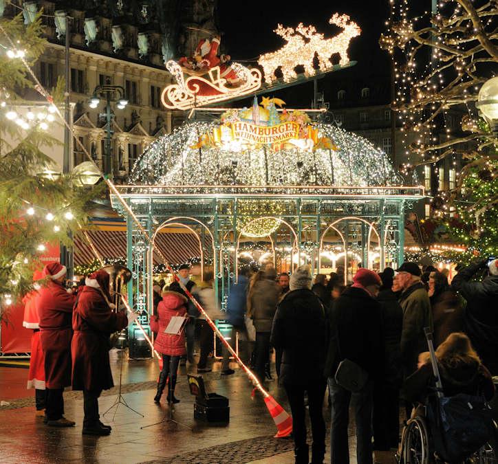 1232 1345 Weihnachtslichter Auf Dem Weihnachtsmarkt