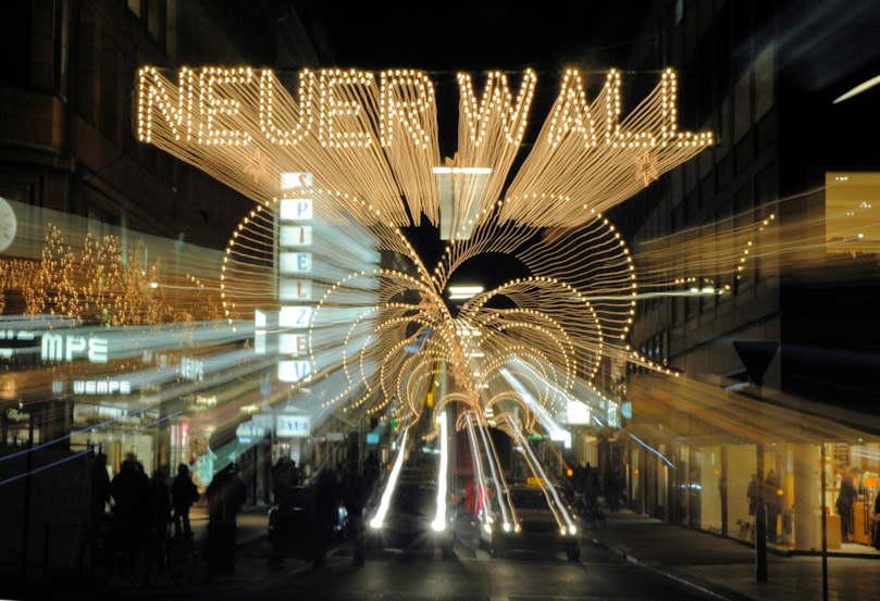 Neuer wall weihnachtsbeleuchtung my blog for Ligne roset hamburg neuer wall