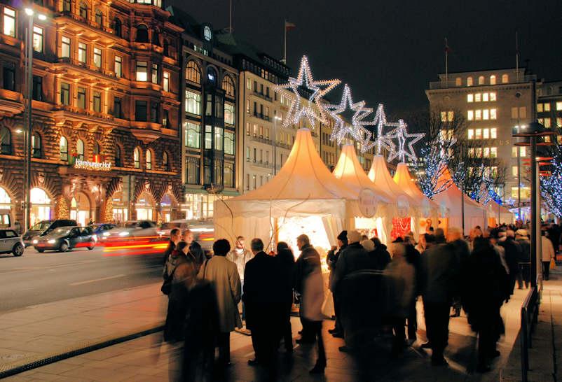 2390 4926 weihnachtsmarkt am jungfernstieg weihnachtliche beleuchtung sterne lichtsterne. Black Bedroom Furniture Sets. Home Design Ideas