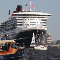 4950_3761 Liegeplatz der Queen Mary am Terminal in der Hafencity. |