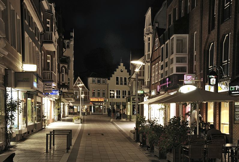 Bild Von Der Fussgaengerzone Sachsentor In Der City