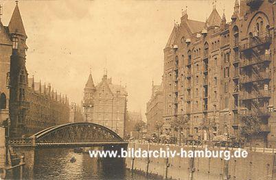 hafencity hamburg die neue architektur in der historische speicherstadt hamburg fotos der. Black Bedroom Furniture Sets. Home Design Ideas