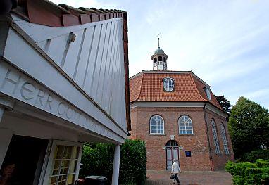 Kirche Niendorf Markt