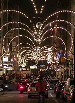 Neuer Wall Weihnachtsbeleuchtung.Neuer Wall Shopping Mall In Hamburg Exclusives Einkaufen Bilder